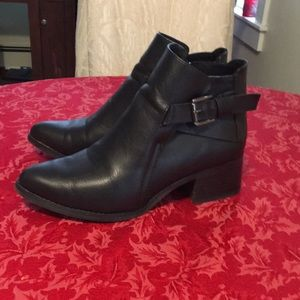 MIA ankle boots